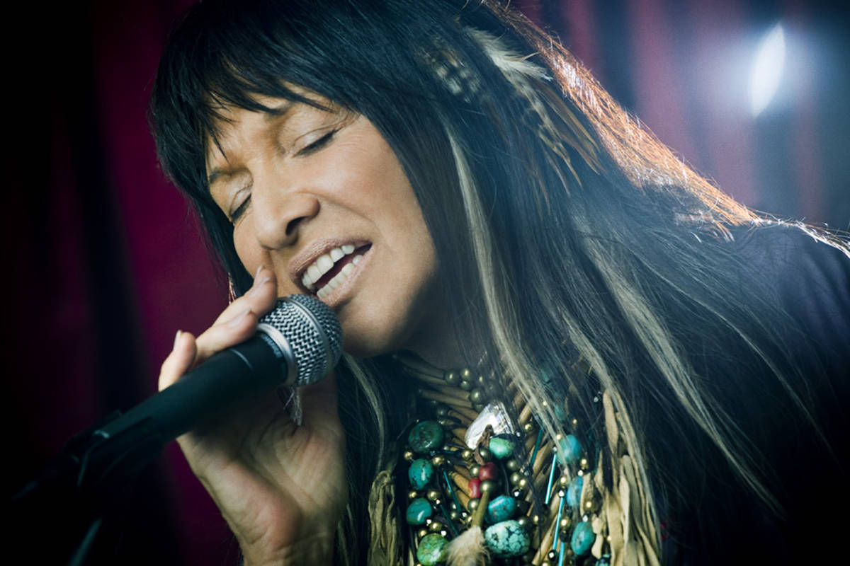 Buffy the audience slayer: Sainte-Marie coming to Sidney